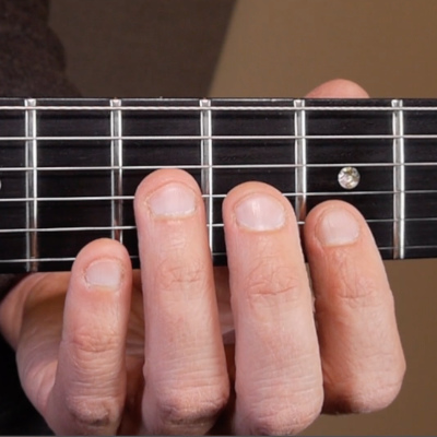 Learn how to improvise blues guitar: 6th intervals guitar lesson. Create beautiful harmonic blues licks with this simple trick.